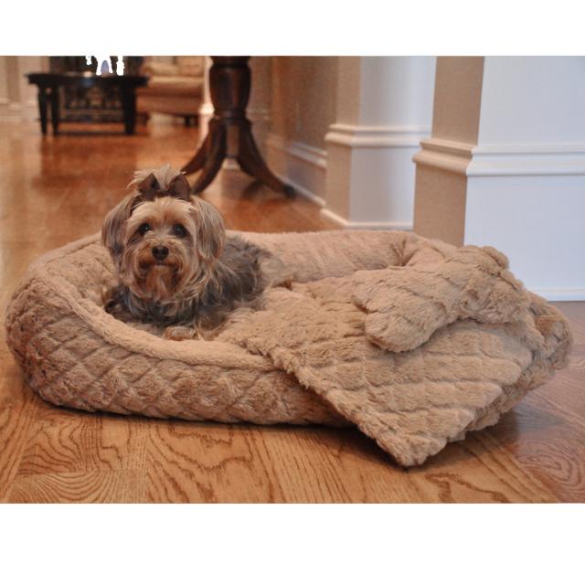Doggie Design(ドギーデザイン)犬用ベッド ウルトラ ソフト プラッシュ ベージュ ダイヤモンド キルト ベッド